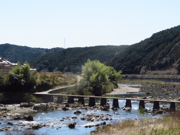 大日向沈下橋