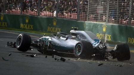 ボッタスがクラッシュ@F1オーストラリアGP予選