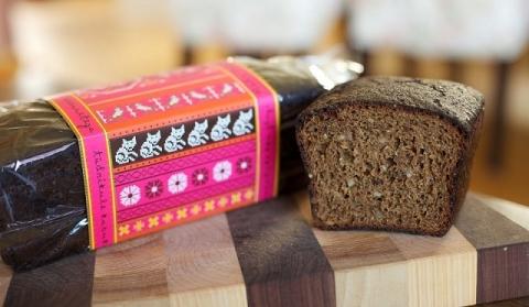 エストニアの黒パン muhu leib