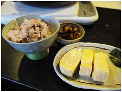 お赤飯と玉子焼き
