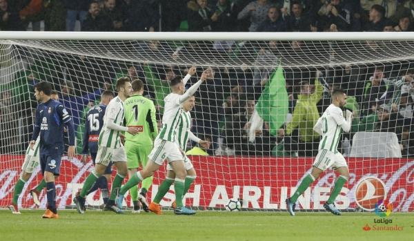 17-18_J29_Betis-Espanyol01s.jpg