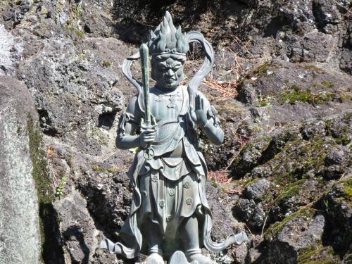 成田山石仏-77