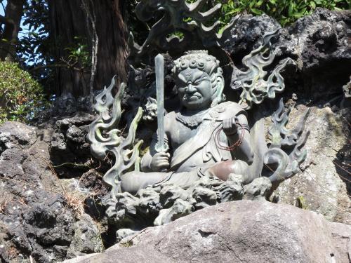 成田山石仏-81