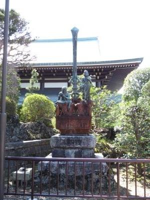 成田山石仏-82