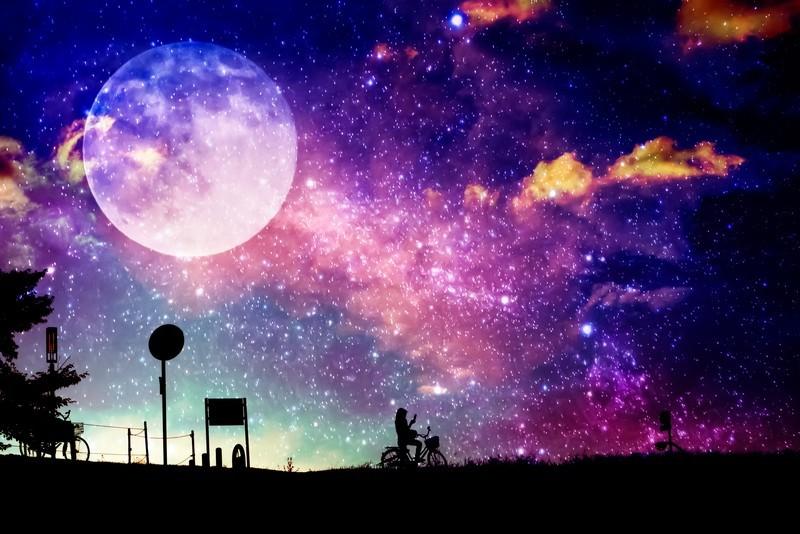 月 小さい写真