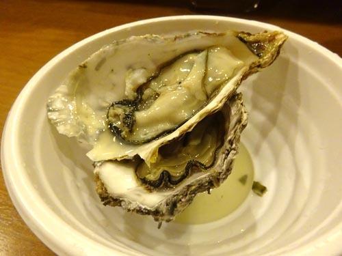 05広島牡蠣殻つきちょいチン