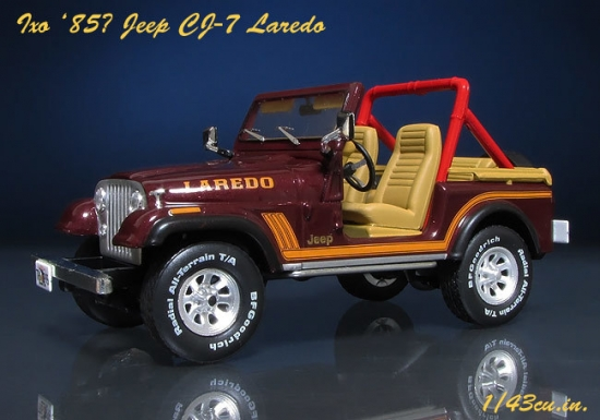 Ixo_Jeep_CJ-7_03.jpg