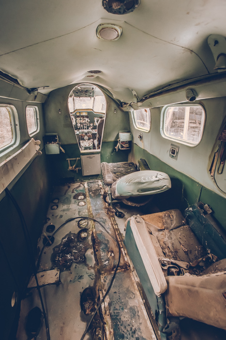 201803_abandoned_airplane_1.jpg