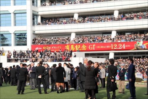 【競馬】関東のZ厩舎に、大手一口クラブが激怒!!「あてつけ放牧で報復」