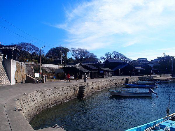 佐久島の西集落へ