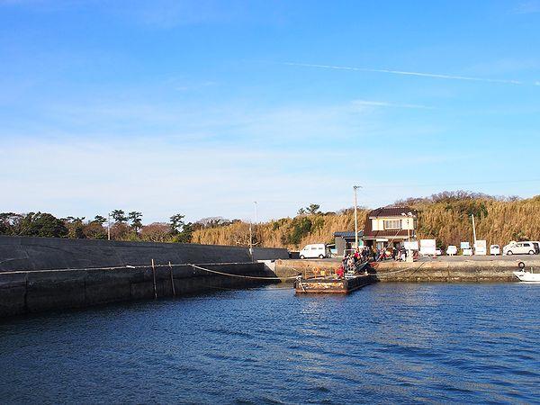 佐久島西港に寄港