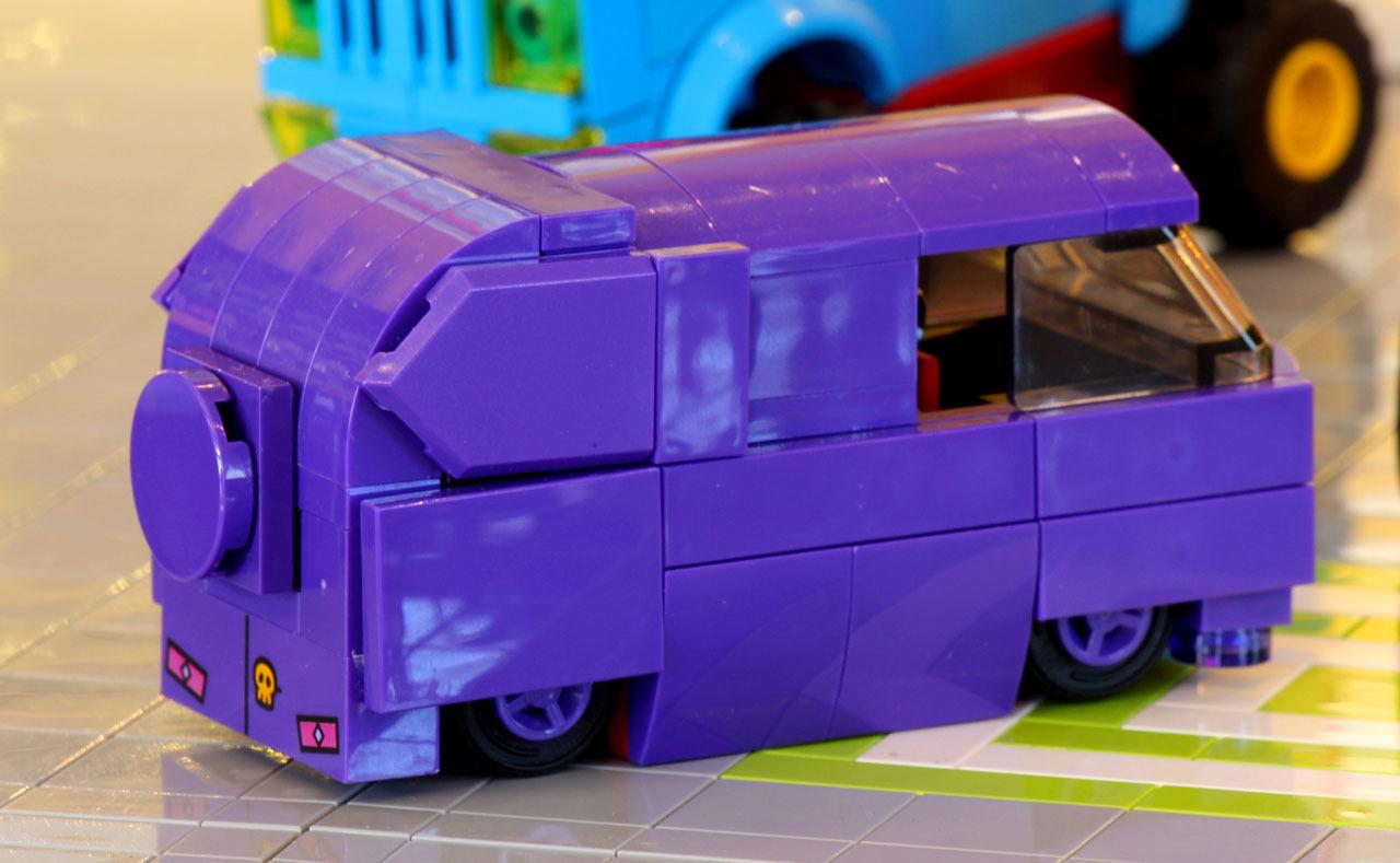 purplevan_3.jpg