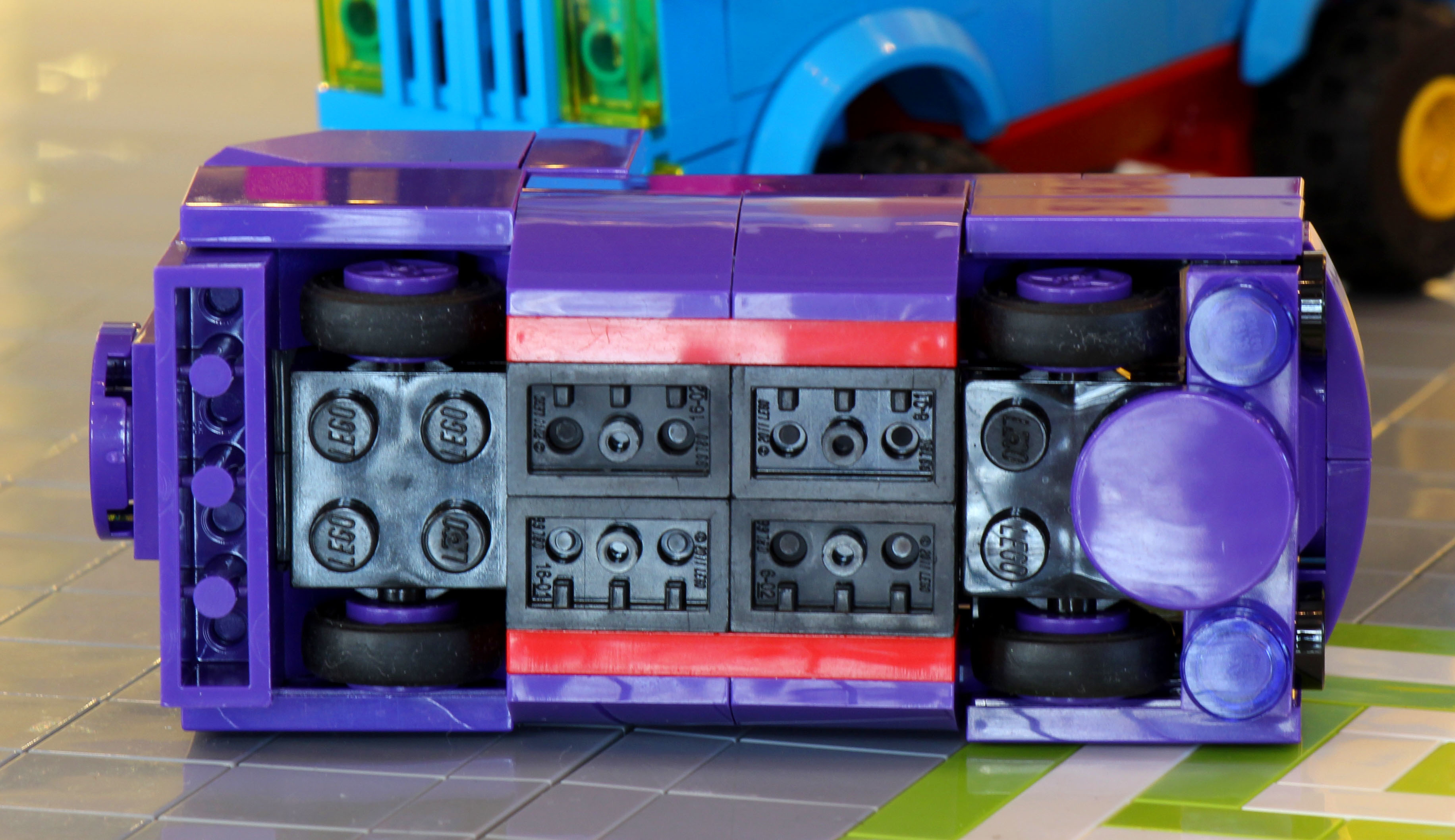purplevan_4.jpg