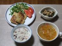 2/12 夕食 油揚げメンチ、しめじとピーマンのガーリック炒め、ファイトケミカルスープ、雑穀ご飯