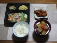 2/21 夕食 八宝菜セット、唐揚げ、豚汁、ご飯