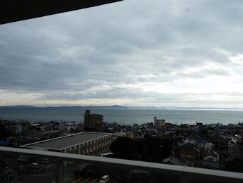 3/10 朝、窓からの景色   マホロバマインズ