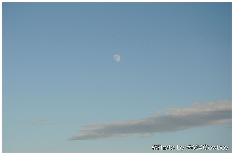 青空と月 写真
