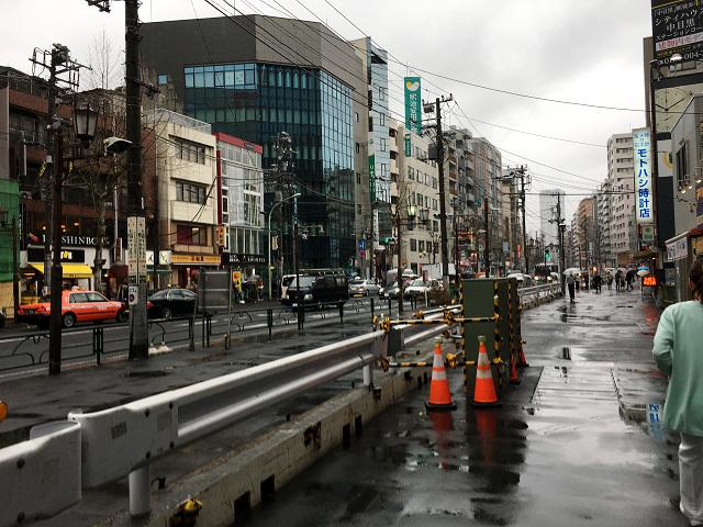 一旦は春も真冬に逆戻りした東京雨の街中@2018年3月8日3 by占いとか魔術とか所蔵画像