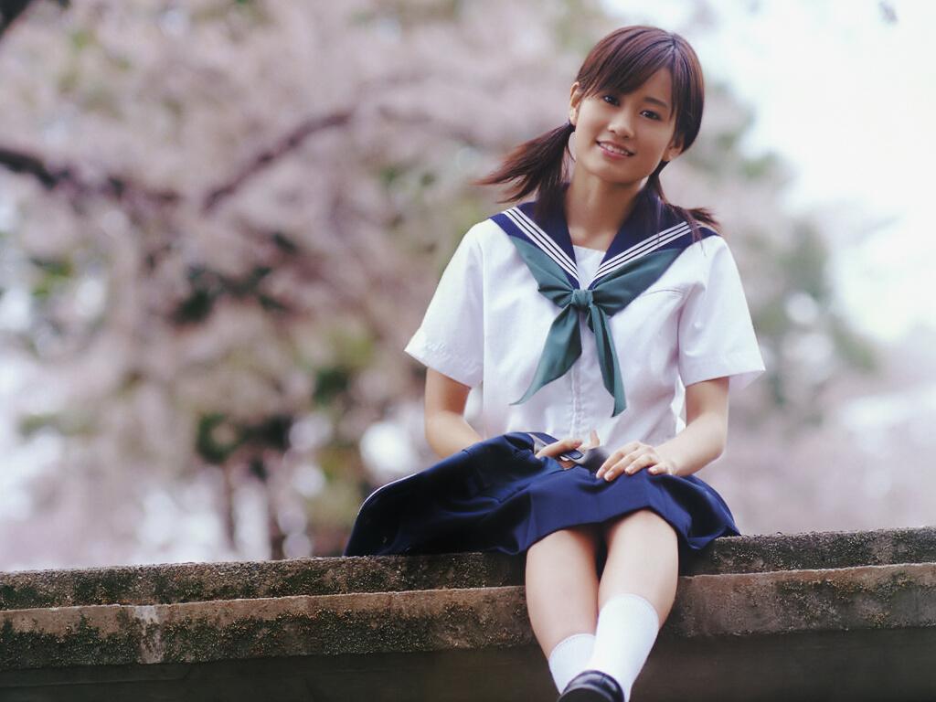 夏用セーラー服 前田敦子 2018 桜