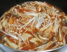 鶏もも肉のキムチスープ煮 調理④