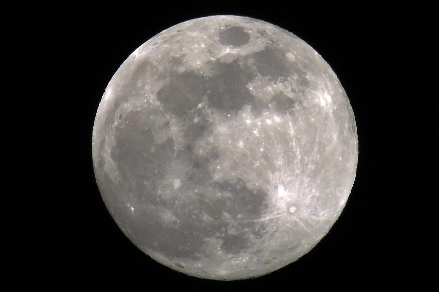 3月の月 (0)