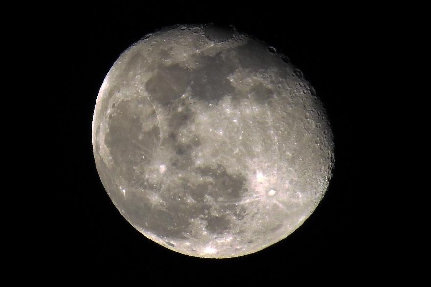 3月の月 (3)