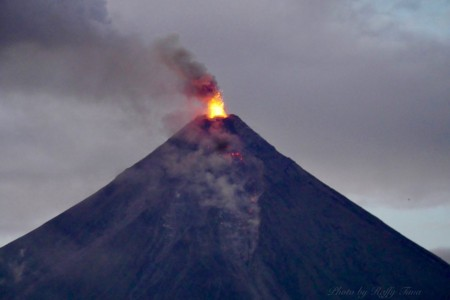 mayon eruption012318 (1)