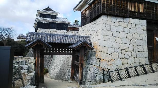 松山旅行 重要文化財戸無門