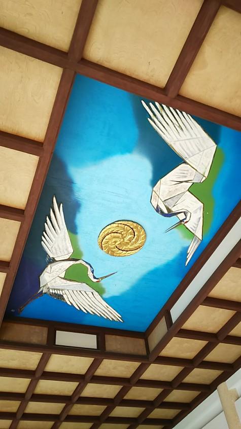 12 拝殿天井鶴の絵