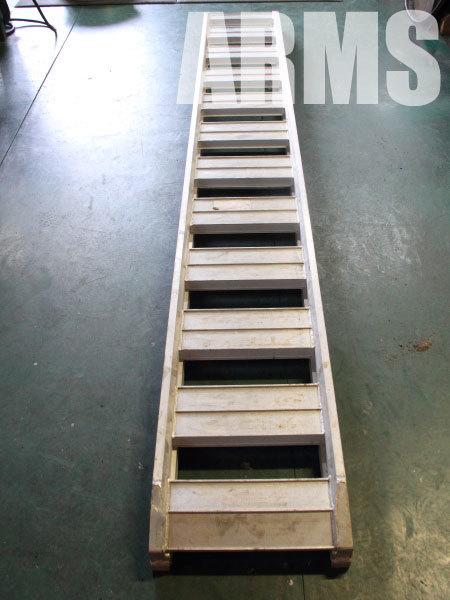 アルミラダーレールのクラックをアルミ溶接修理