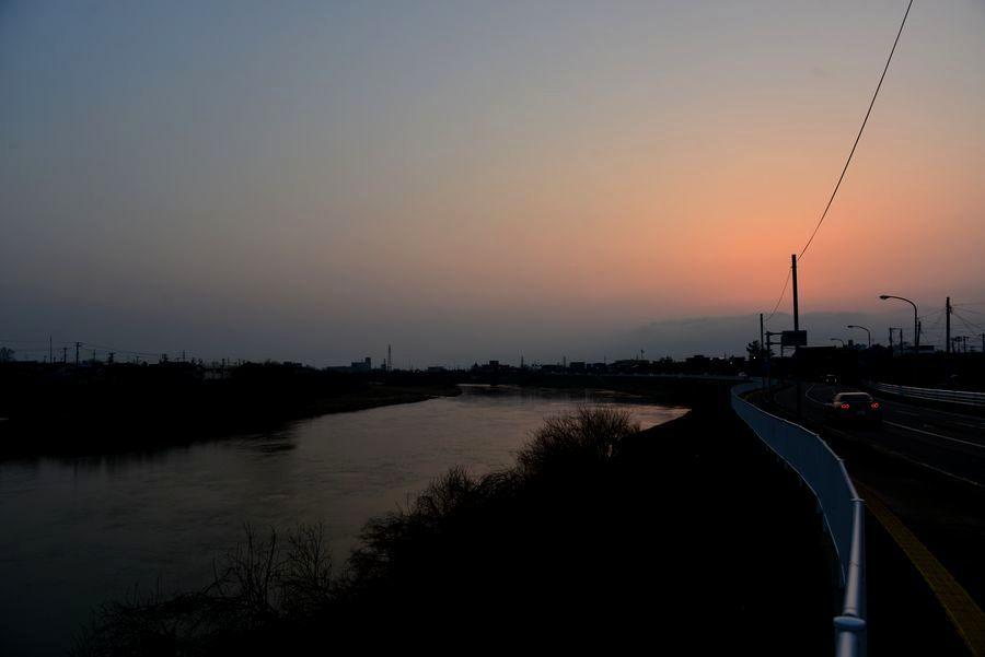 河の夕暮れ-6