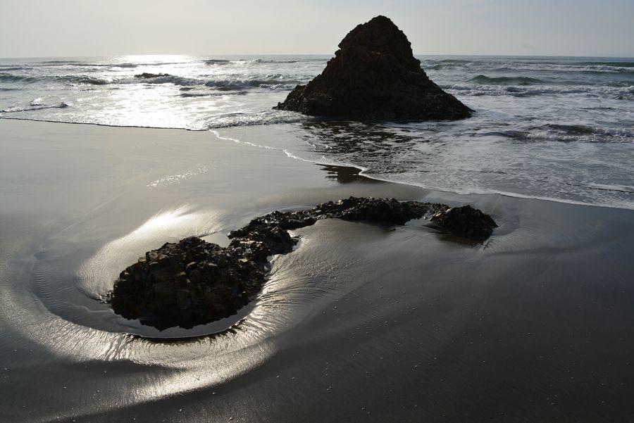 岩と砂-1