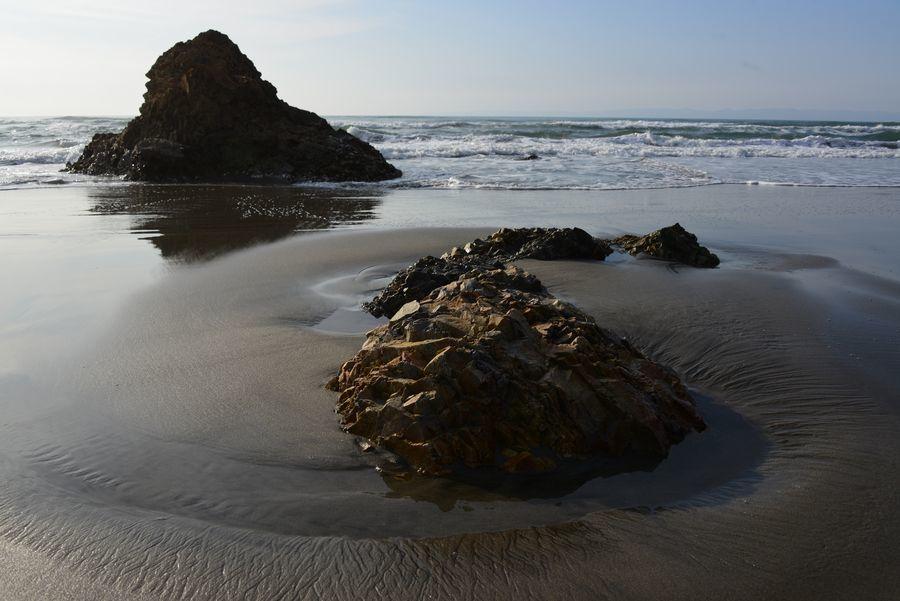 岩と砂-2