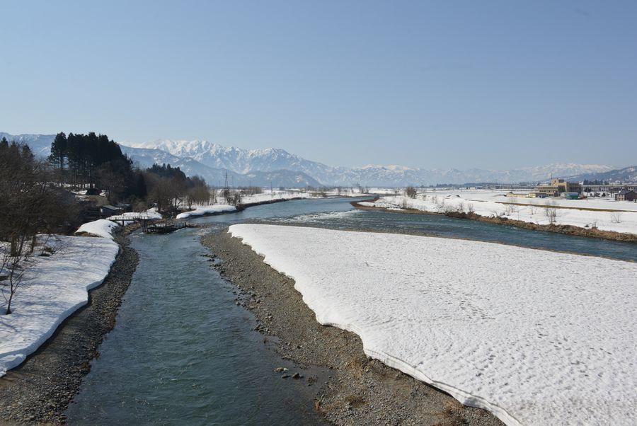 雪解け 魚野川-2