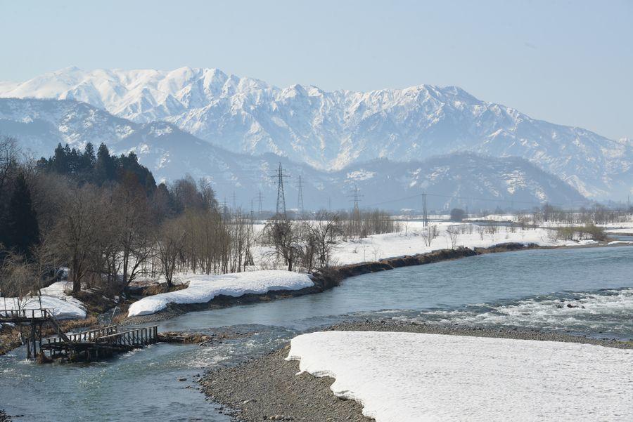 雪解け 魚野川-3