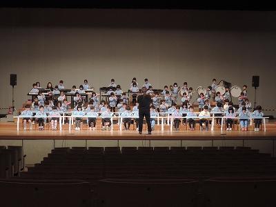 s-DSCN7776_20180128182915944<br />年長組さんはうたと合奏の練習を行いました<img src=