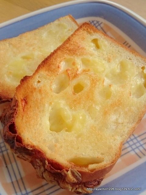 18.02.15チーズ食パン8