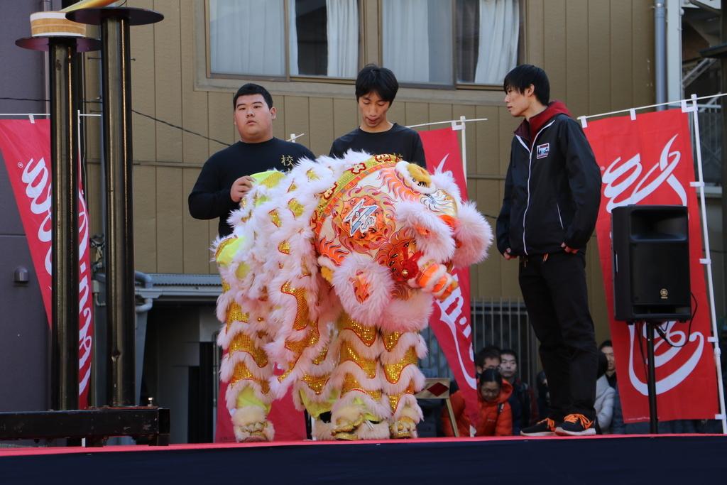 横濱中華學院校友会の獅子舞(1)_5