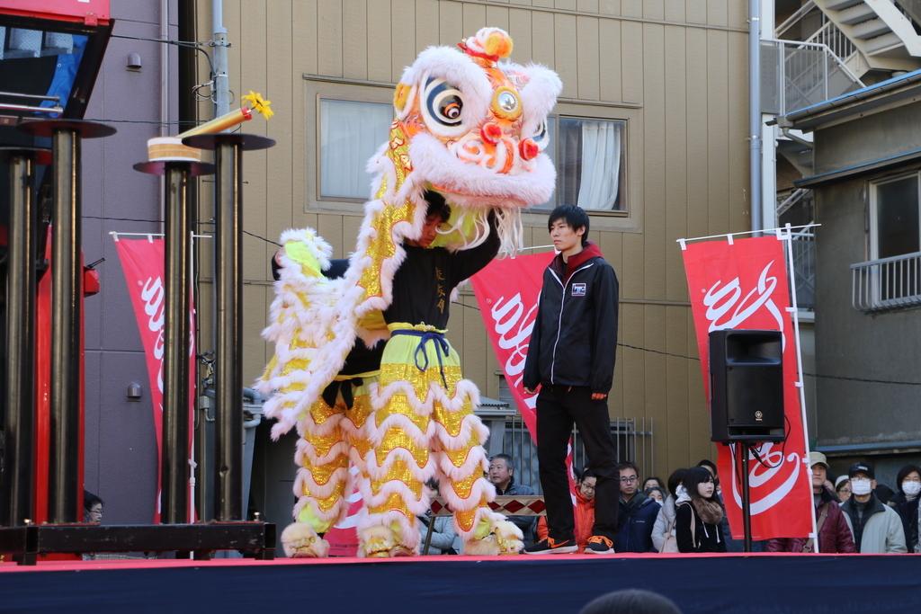 横濱中華學院校友会の獅子舞(1)_10