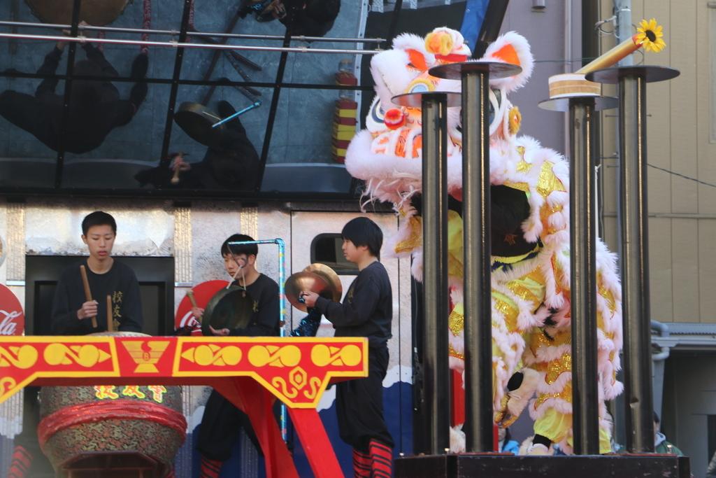 横濱中華學院校友会の獅子舞(2)_32