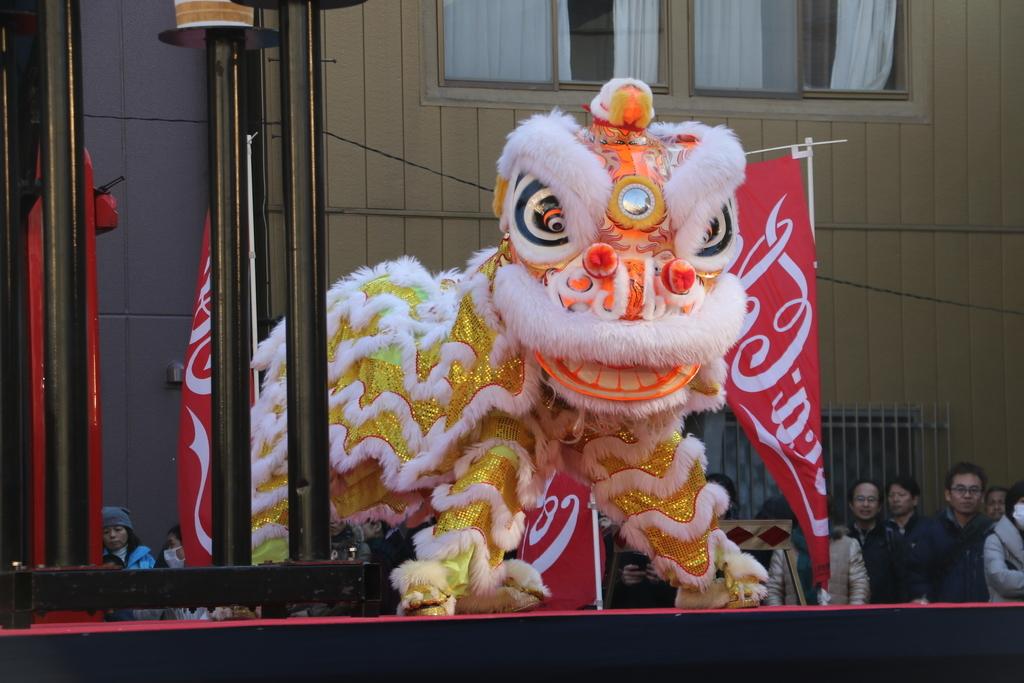 横濱中華學院校友会の獅子舞(3)_24