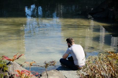 10池の縁で