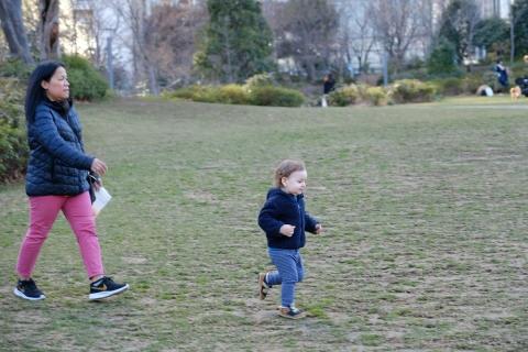 12走る幼児