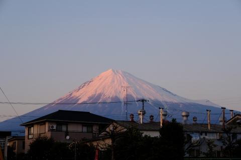 03夕日に染まる富士山