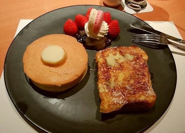 サツキ パンケーキ&フレンチトースト