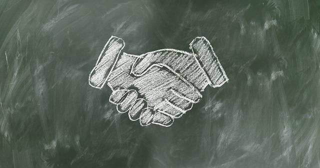 shaking-hands-2499612_640.jpg