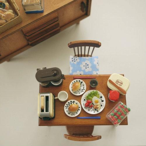 300306 リーメント ミニチュア ぷちサンプル パンの食卓