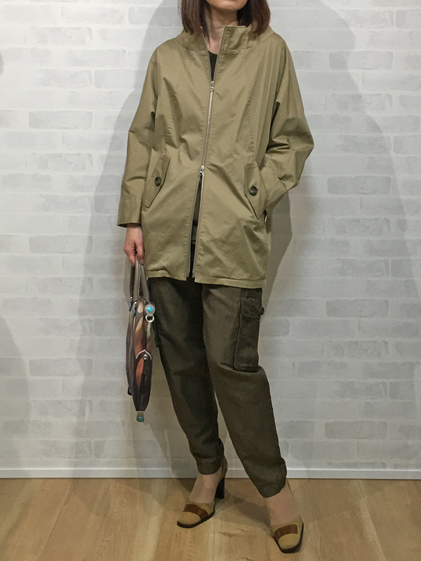 パシオーネのドルマンスリーブのジャケット