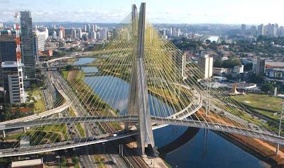 サンパウロ市建築オタ―ビオフレイタス橋