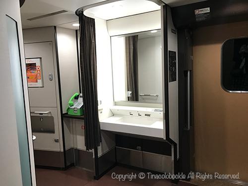 201802Hokuriku_Shinkansen-7.jpg